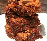Paleo Dark Chocolate Chip Blondies